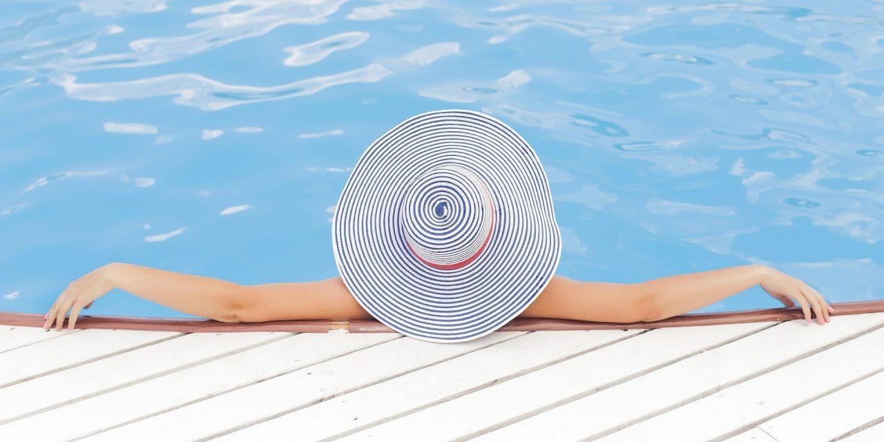 Les avantages d'un abri de piscine