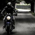 Avant d'enfourcher votre moto, veillez à être bien équipés
