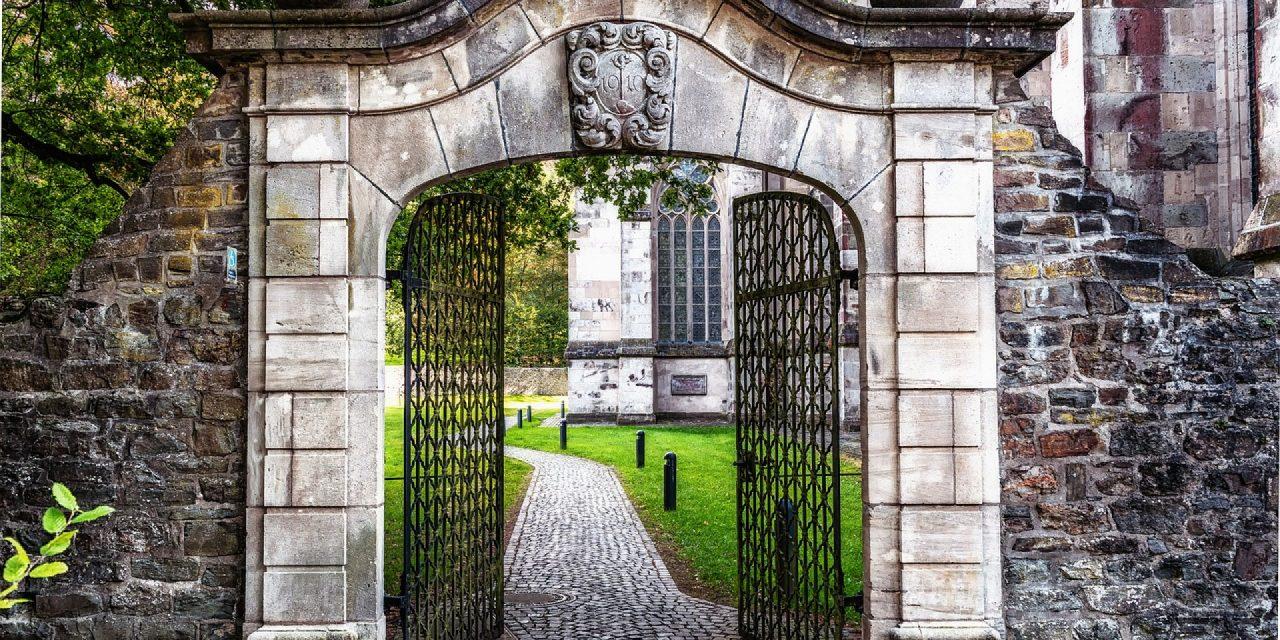 Pourquoi opter pour un portail coulissant ?