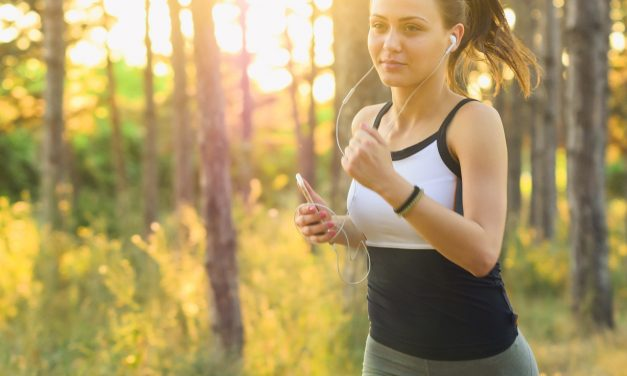 Course à pied : la différence fondamentale entre l'allure et la vitesse