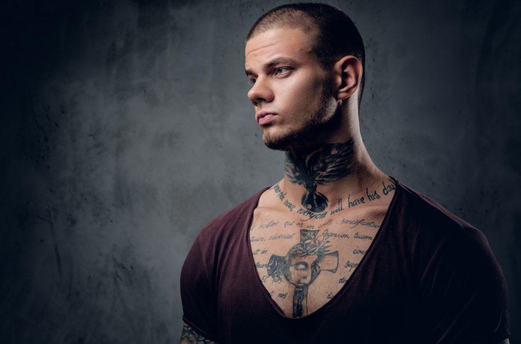 Un Tatouage Dans Le Cou Quelles Sont Ses Particularites Genius Connect